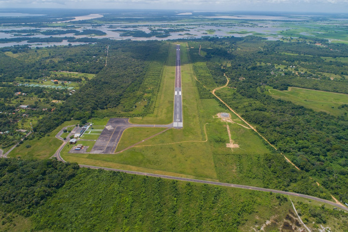 Aeroporto de Parintins