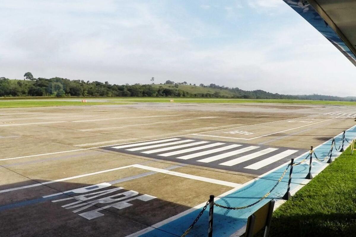 Pátio do Aeroporto do Vale do Aço