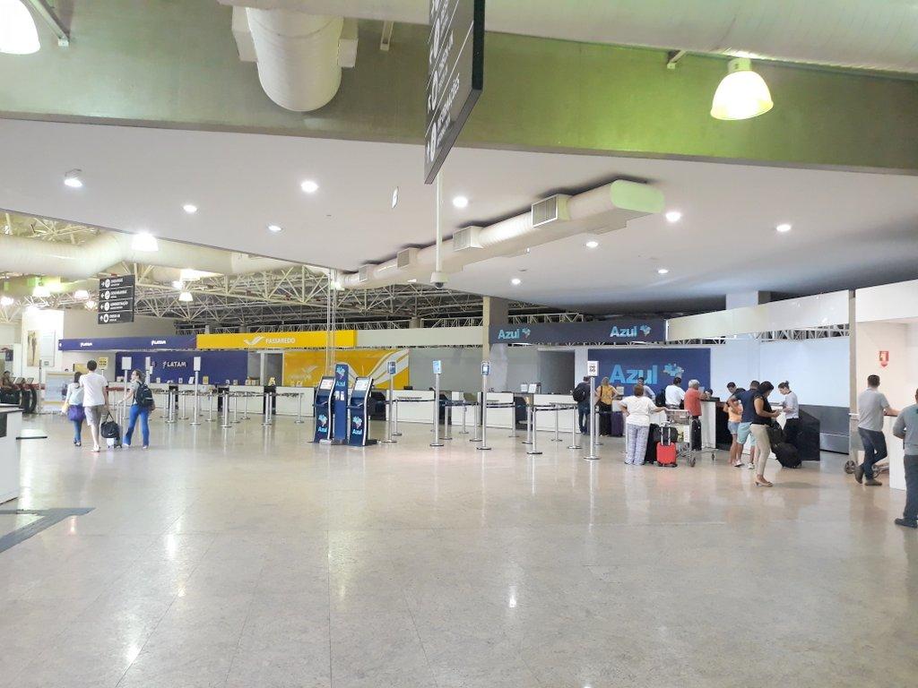 Saguão do aeroporto de Ribeirão Preto