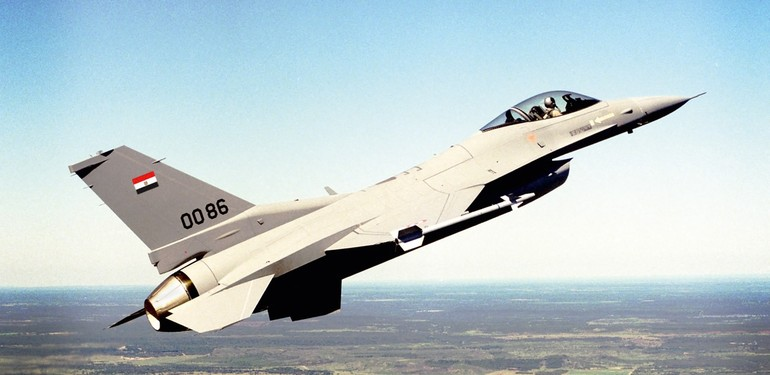 Caças F-16 na mira da FAB · AERO Magazine