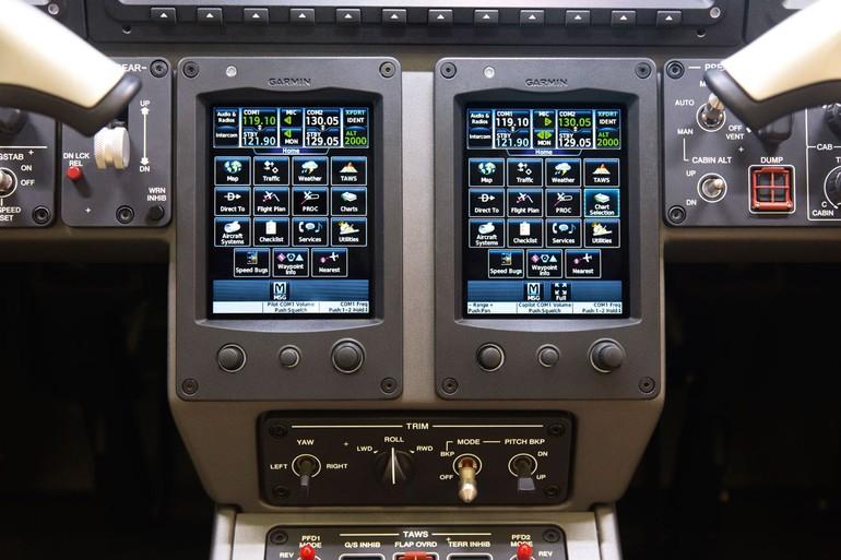 FMS com comandos por toque na tela