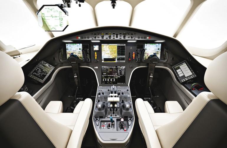 Primus Epic, Plane View, EASy Flight Deck