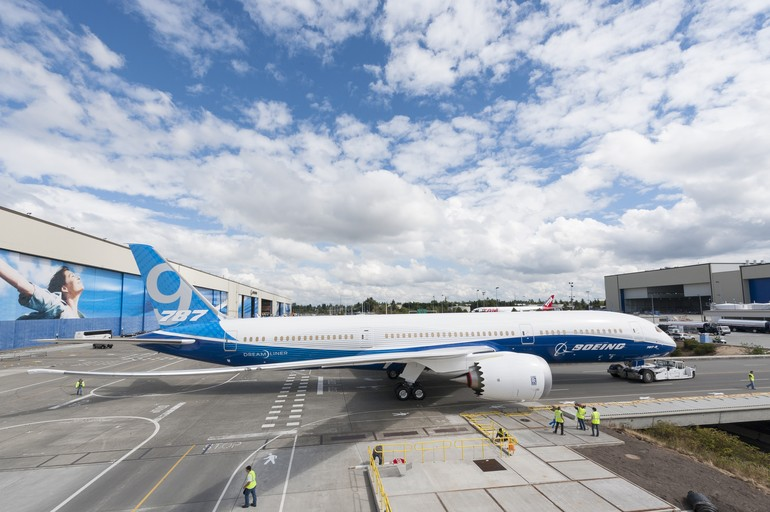 Boeing promove roll-out do 787-9 Dreamliner