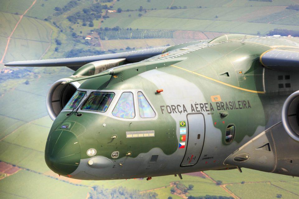 embraer - [Brasil] Embraer investiga causas do incidente com KC-390 Embraer_kc-390_1