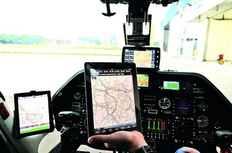 Delta substituirá manuais e cartas em papel por tablets