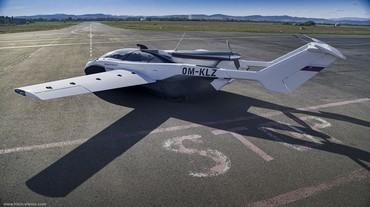 Cauda e asas do AirCar