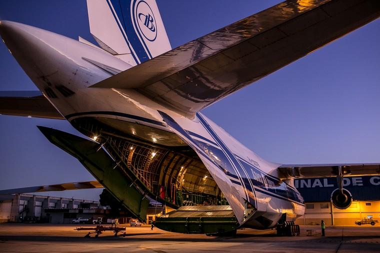 Antonov An-124 da Volga Dnper