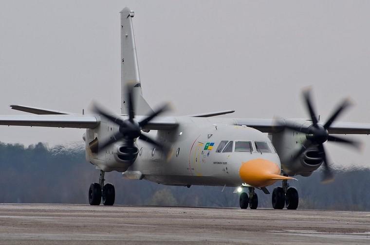 [Internacional] Antonov An-132 realiza seu primeiro voo An-132-primeiro-voo_2_free_big