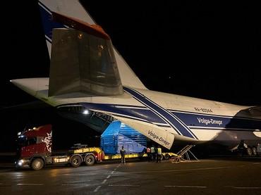 An-124 com mock-up do Luna 25