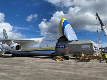 Embarque do satélite no An-124