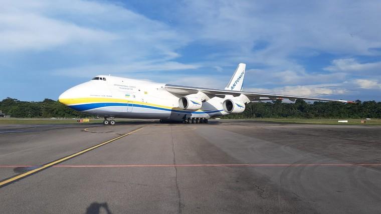 Antonov An-124 em Belém, no Pará