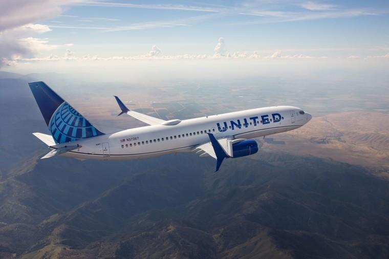 Boeing 737-800 da United Airlines