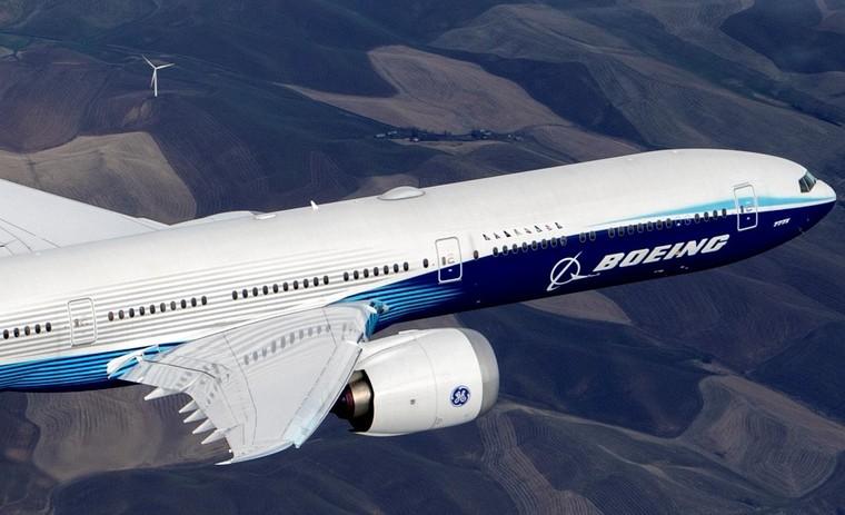 Boeing 777-9 em voo