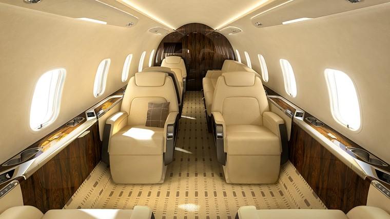 Interior do jato executivo Challenger 350