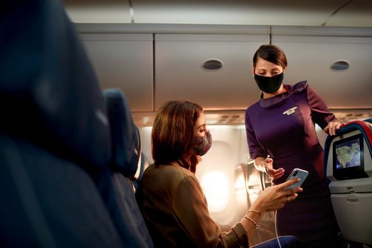 Comissária da Delta Air Lines