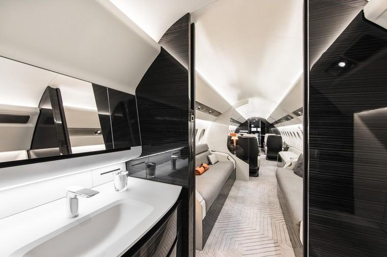 Interior do Falcon 6X