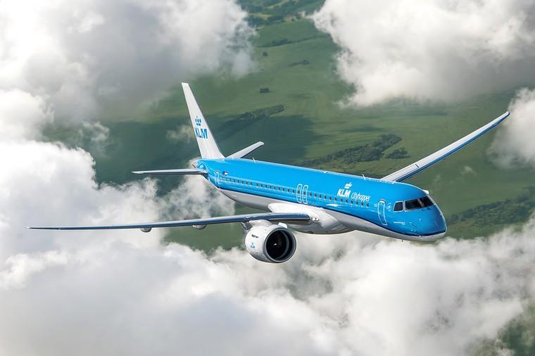 Embraer E195-E2 da KLM em voo