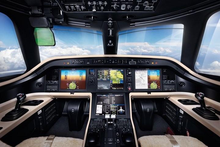 Cockpit do Embraer Praetor 600