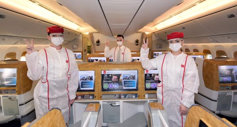 Comissárias da Emirates Airline