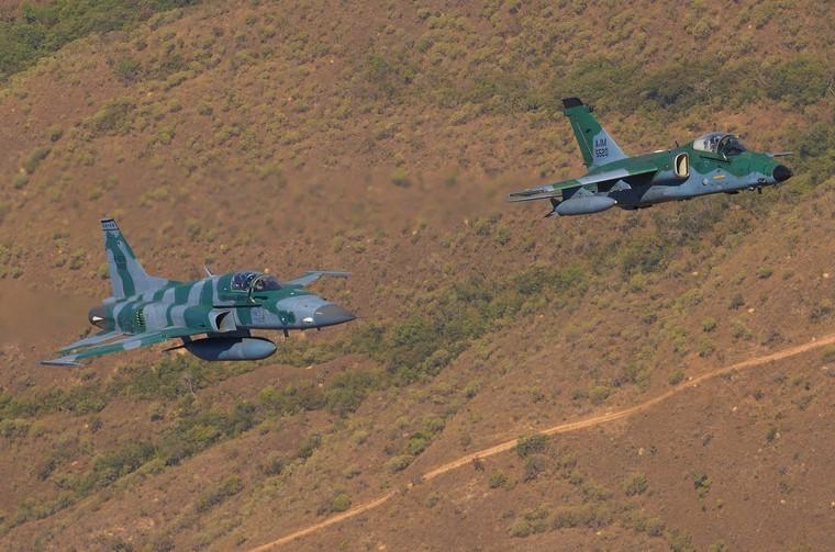 F-5M e Ai-1M