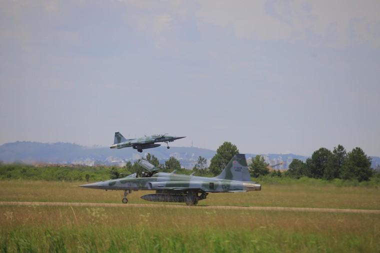 F-5M durante ensaio do Link-BR2