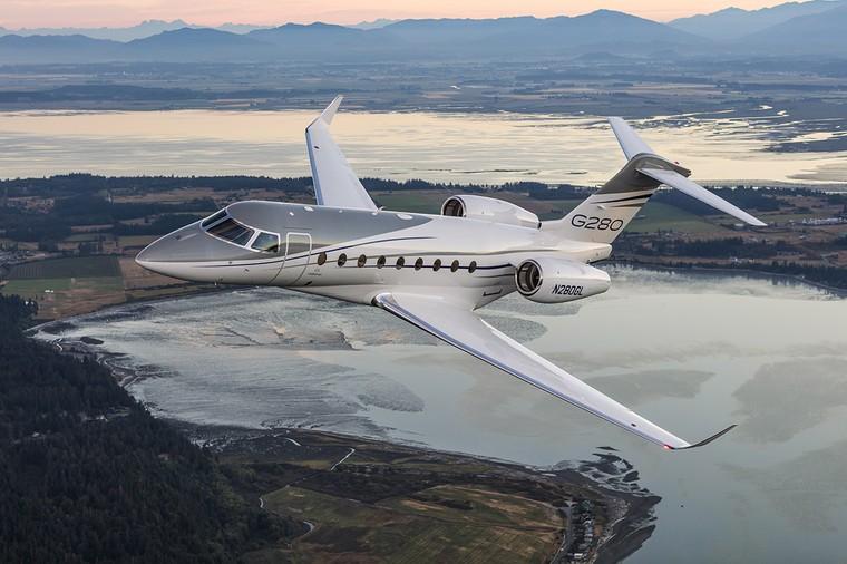 Gulfstream G280 em voo
