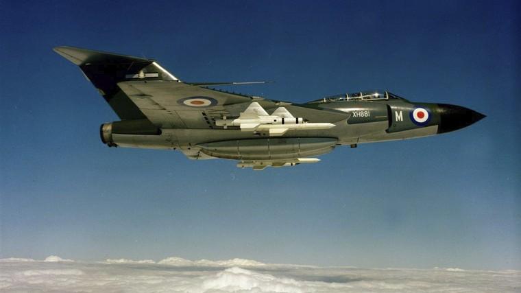 Caça Gloster Javelin em voo