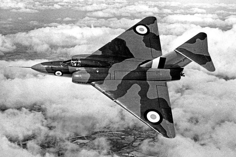 Gloster Javelin em voo