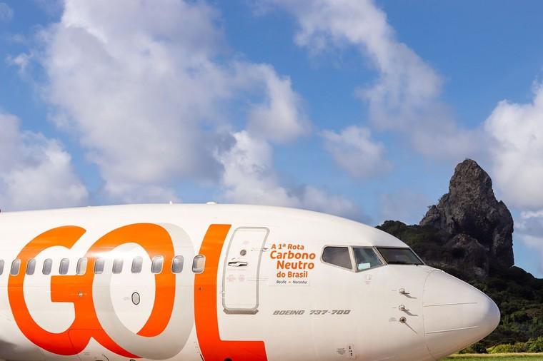 Boeing 737-700 da Gol em Fernando de Noronha