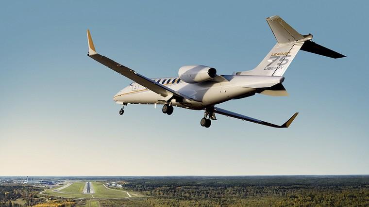 Learjet 75 sai de linha