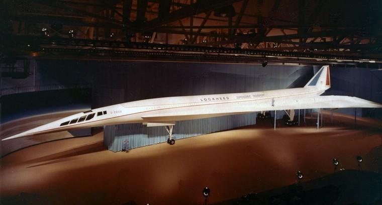 Avião supersônico Lockheed L-2000