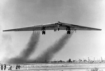 Bombardeiro YB-49