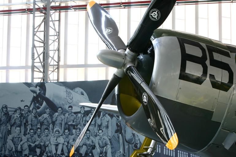 [Brasil] Presidente fala sobre fechamento do Museu da TAM P-47d_museu_tam_free_big