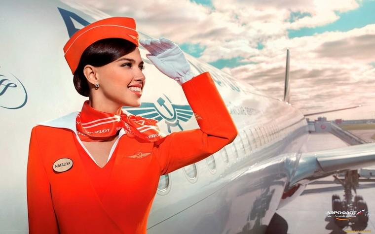 Como a moda influenciou os uniformes das aeromoças nas última décadas ·  AERO Magazine a2f056fe509