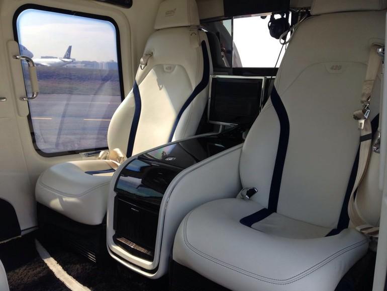 [Brasil] O voo em um helicóptero de luxo 6ea44567-60bd-4b0d-ab11-7ff8e369188c_free_big