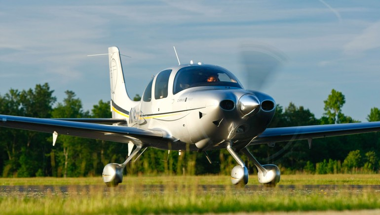 Cirrus SR22 Grand Turbo