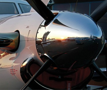 Pilatus PC-12 no  estande da Synerjet