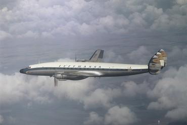 [Internacional] Lufthansa completa 60 anos de operação no Brasil L1649_free_medium